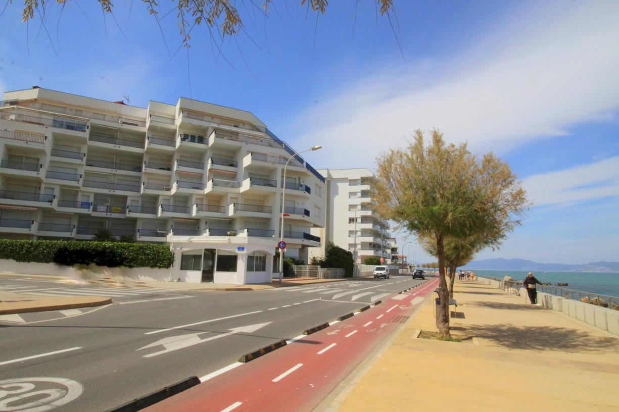 Appartement -                                       Passeig Del Mar -                                       3 chambres -                                       6 occupants